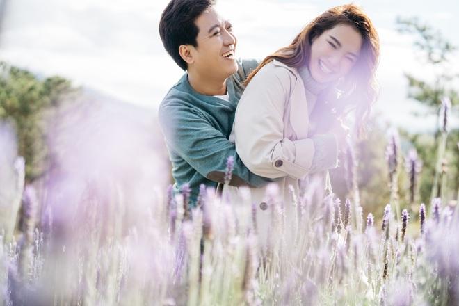 """Trường Giang - Nhã Phương tung bộ ảnh """"trốn con"""" mừng Valentine: Nhìn mà muốn cưới luôn và ngay! - Ảnh 1."""