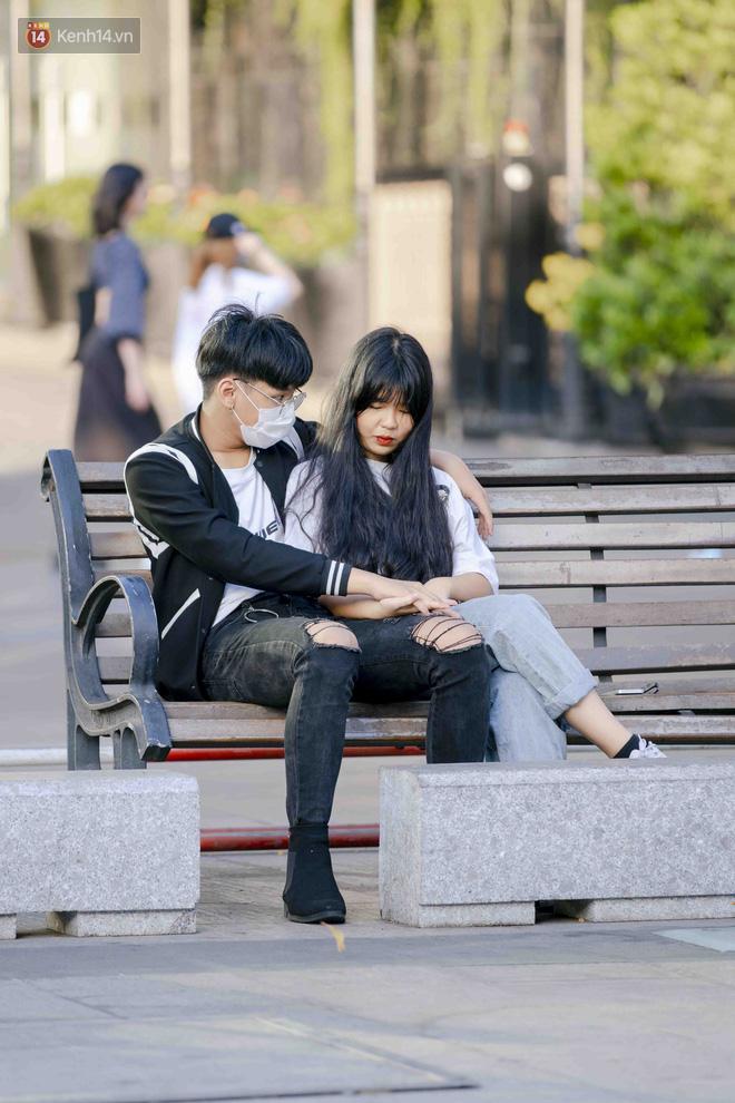 Tóm tắt Valentine giữa mùa dịch của các cặp đôi: Hẹn hò kèm cái khẩu trang nhưng vẫn thừa vui, dư lãng mạn! - ảnh 17