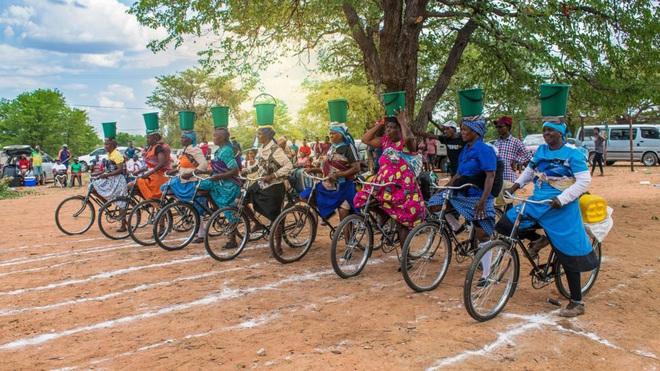 Tông cho phát bây giờ: Câu chuyện về thành phố kém xanh bậc nhất thế giới, nơi xe đạp bị kỳ thị gay gắt còn ô tô cũ nát ngập tràn - ảnh 7