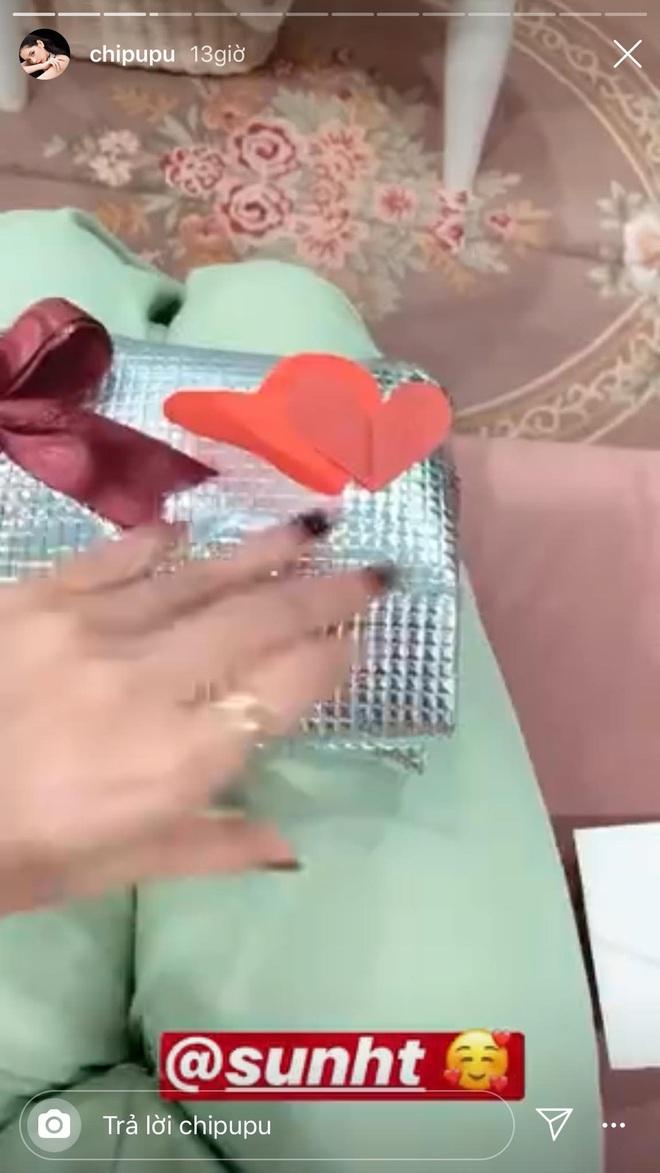 Hội bạn thân Chi Pu rủ nhau đi ăn còn tặng nhẫn vào V-day: Chỉ có con gái mới mang lại hạnh phúc cho nhau là đây sao? - ảnh 9