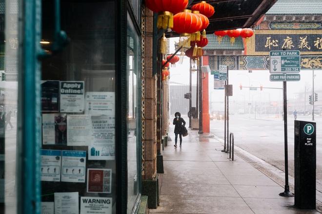 Nhiễm bệnh rồi đúng không?: Tình cảnh chung của người Trung Quốc tại Mỹ vào lúc này, chỉ 1 cái hắt hơi cũng bị nghi ngờ, xa lánh - ảnh 1
