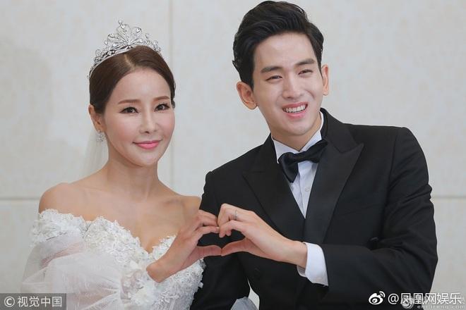 Kiên quyết lấy chồng kém 17 tuổi mặc chỉ trích, giờ Hoa hậu World Cup xứ Hàn rơi nước mắt vì không thể sinh con - ảnh 2