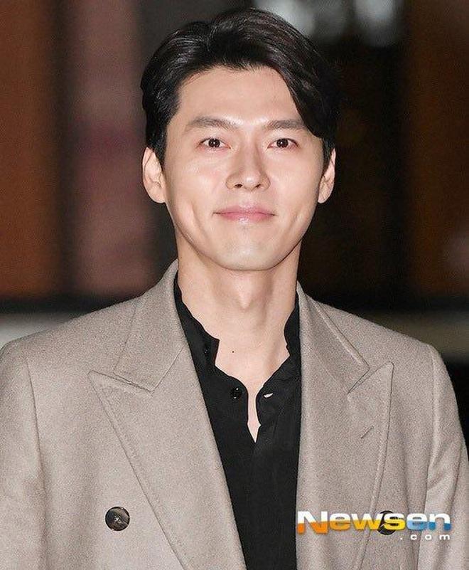 Fan cứng phát hiện ra Hyun Bin tiết kiệm đến mức diện lại áo cũ trong phim Secret Garden từ 9 năm trước - ảnh 1