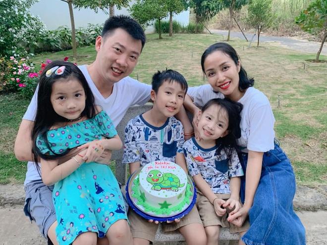 Chồng Ốc Thanh Vân tự tay mang tặng vợ giày hiệu mừng sinh nhật lúc 3h sáng: Ngôn tình đời thực sau 20 năm yêu - ảnh 4