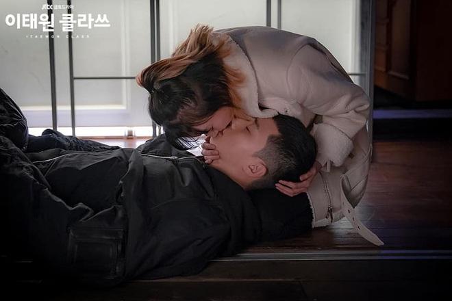 Nữ quái Jo Yi Seo của TẦNG LỚP ITAEWON: Sau vẻ bất cần là tinh thần đại diện một thế hệ trẻ dư tài năng - thừa hoài bão! - ảnh 8