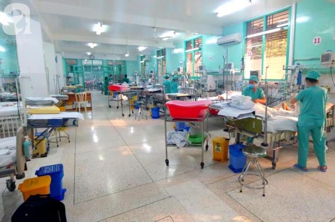 Thương tâm: Anh trai bắn súng hơi trúng lưng, bé 6 tuổi ở Lâm Đồng liệt 2 chân - ảnh 1