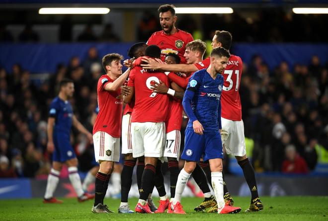 VAR hai lần tước bàn thắng, Chelsea nhận thất bại cay đắng ngay trên sân nhà trước Manchester United - Ảnh 5.