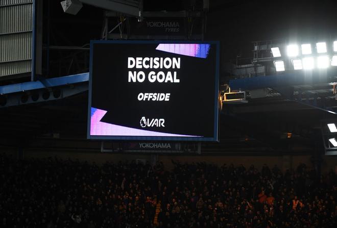 VAR hai lần tước bàn thắng, Chelsea nhận thất bại cay đắng ngay trên sân nhà trước Manchester United - Ảnh 9.