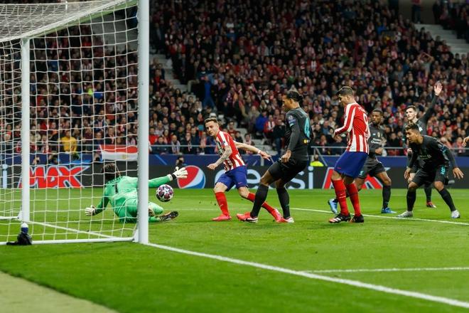 Sở hữu thống kê tệ hại, ĐKVĐ Liverpool nhận thất bại ở lượt đi vòng 1/8 Champions League - ảnh 2