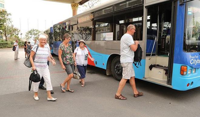 Toàn bộ du khách còn lại trên du thuyền cập cảng Campuchia âm tính với Covid-19 - ảnh 1