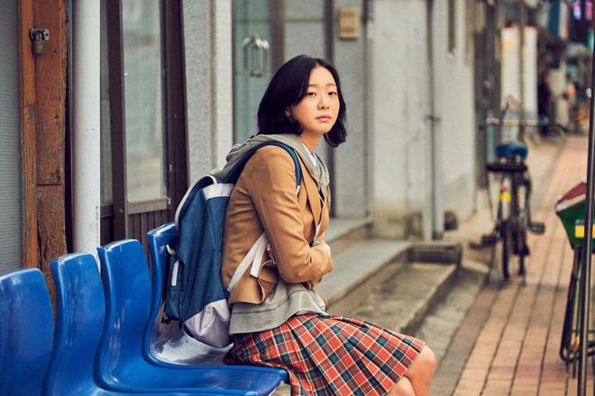 Sốc nặng vì chiều cao chuẩn siêu mẫu của điên nữ Tầng Lớp Itaewon, chị em vứt liêm sỉ đòi Kim Da Mi làm... chồng? - ảnh 3