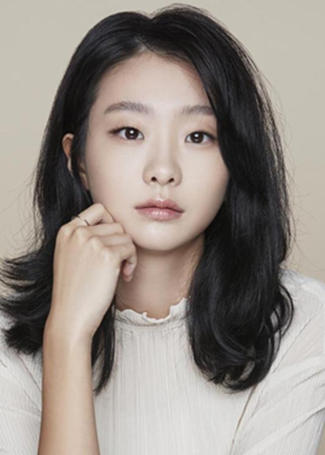 Sốc nặng vì chiều cao chuẩn siêu mẫu của điên nữ Tầng Lớp Itaewon, chị em vứt liêm sỉ đòi Kim Da Mi làm... chồng? - ảnh 8