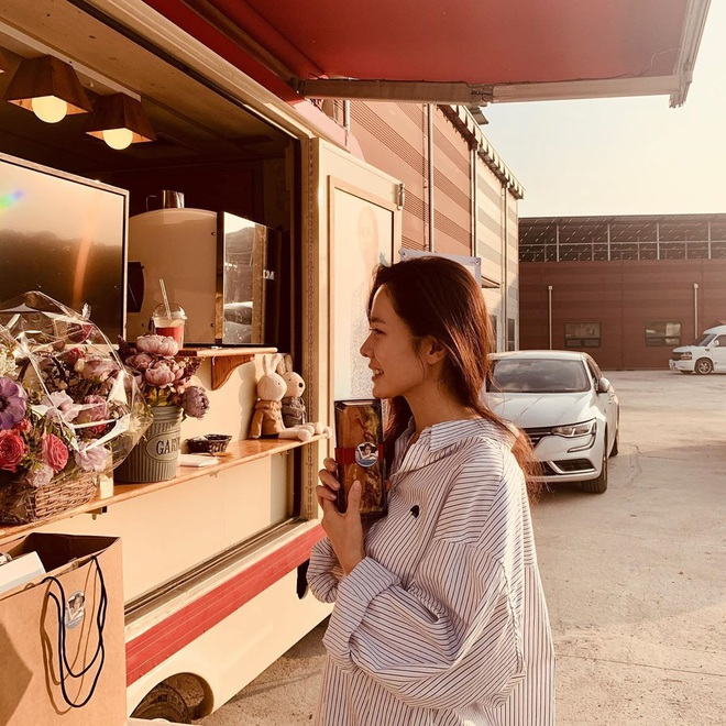 Một rổ bí kíp hay ho từ nữ tài phiệt Son Ye Jin mà bạn có thể học theo ngay nếu muốn trẻ đẹp bất chấp tuổi tác - ảnh 4