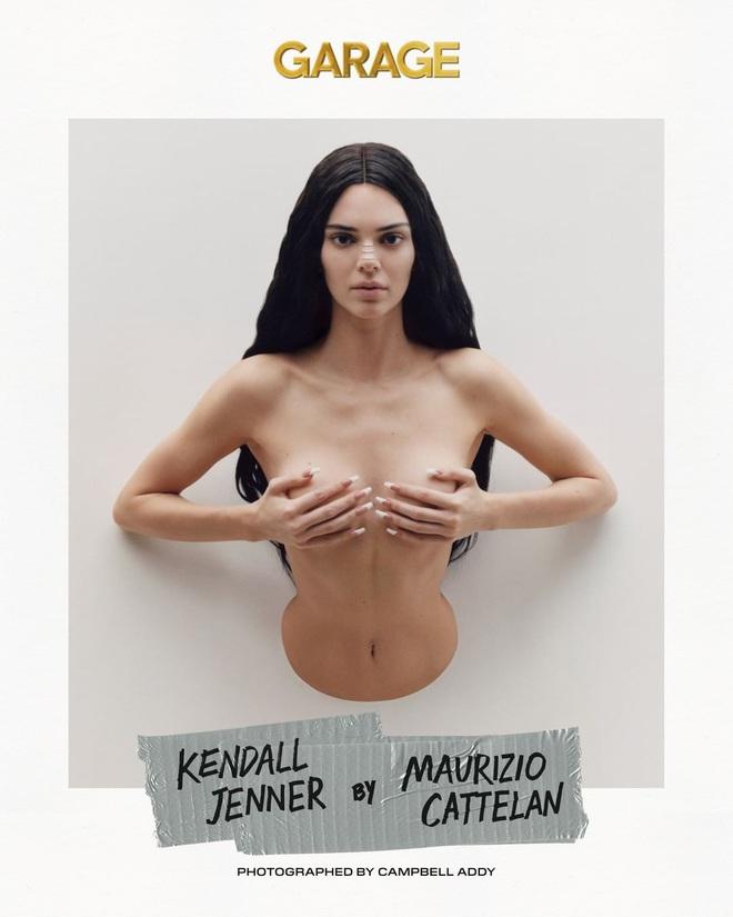 Sang chấn với bộ ảnh mới của Kendall Jenner: Concept dị gây lú, phô bày vòng 1 quá sức bạo liệt - ảnh 1