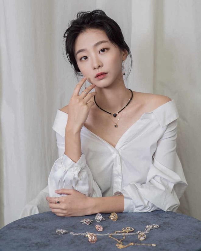Ngất lịm loạt ảnh nữ quái Kim Da Mi đi thảm đỏ Oscar Hàn: Body nóng bỏng, chân dài 1m7 hóa ra bị Park Seo Joon dìm - ảnh 13