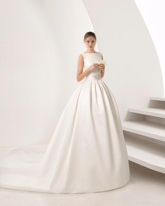 Tóc Tiên giấu váy cưới siêu kỹ nhưng thám tử mạng đã nhanh tay dò ra dáng váy tinh giản của cô, nom cũng hợp lý lắm - ảnh 7