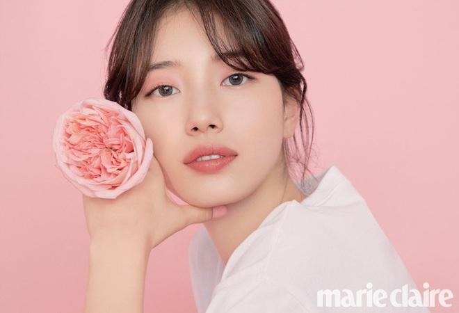 Cùng tạo dáng kiểu môi hở răng lạnh, tình đầu quốc dân Suzy bị cho là bắt chước đàn em Jennie - Ảnh 3.
