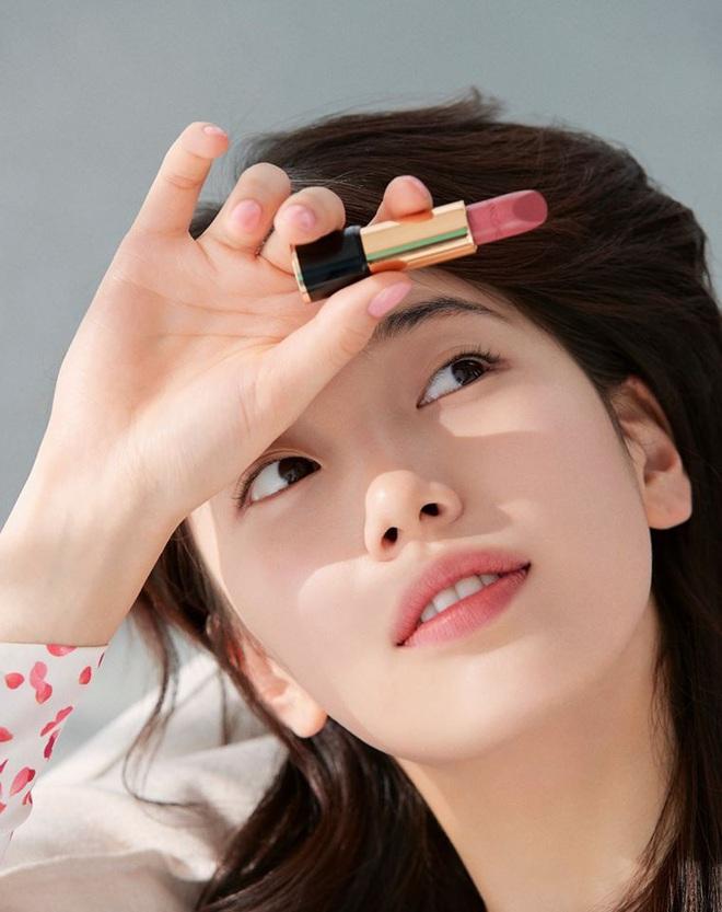 Vừa tung bộ ảnh tạp chí mới, Suzy đã bị tố bắt chước kiểu môi hở răng lạnh của Jennie (BLACKPINK): Liệu có đúng là copy? - ảnh 7