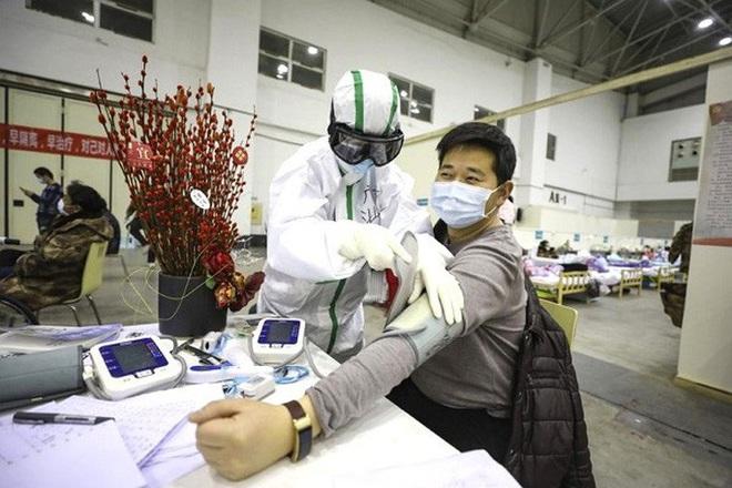 Trung Quốc: Xuất viện 10 ngày, bệnh nhân Covid-19 tái nhiễm - ảnh 1