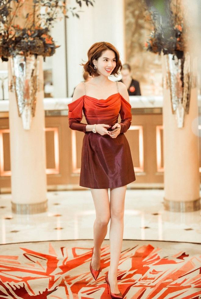 Nhìn sự cách biệt váy hiệu – váy chợ của Ngọc Trinh mới thấy photoshop có tác dụng thần kỳ thế nào - ảnh 5