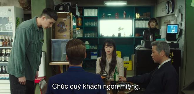 Hết lợi dụng đụng chạm crush, điên nữ Tầng Lớp Itaewon tuyên bố xử sạch kẻ nào dám sờ tới crush ở tập 7 - ảnh 1