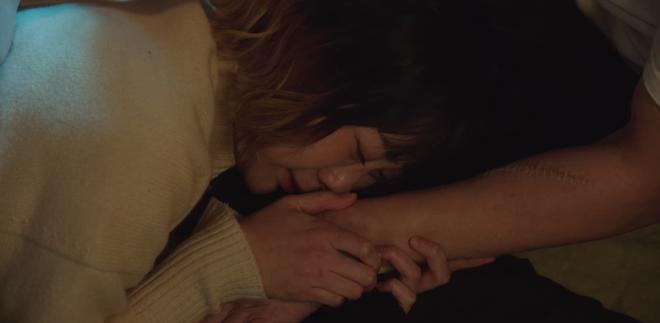 Hết lợi dụng đụng chạm crush, điên nữ Tầng Lớp Itaewon tuyên bố xử sạch kẻ nào dám sờ tới crush ở tập 7 - ảnh 8