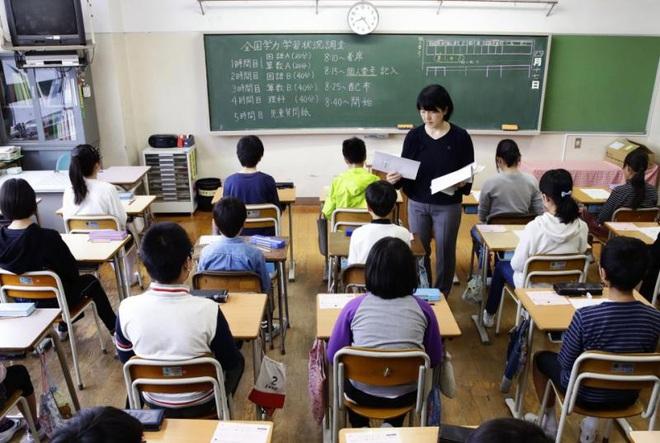 Giáo viên Nhật Bản nhiễm Covid-19 vẫn đi dạy, trường học phải đóng cửa - ảnh 1