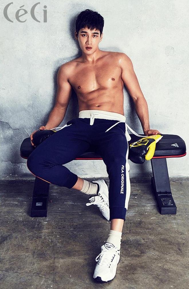Ác nam Tầng lớp Itaewon: Người mẫu body hot 1000 độ, thân với Kim Woo Bin, Song Joong Ki và thầm crush Song Hye Kyo - ảnh 5