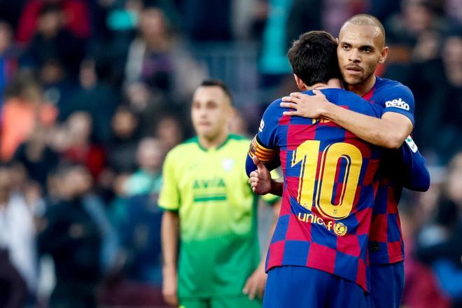 Sau mạch tịt ngòi dài nhất suốt 6 năm qua, Messi bùng nổ với 4 bàn thắng để đạt cột mốc vô tiền khoáng hậu trong lịch sử bóng đá thế giới - ảnh 6