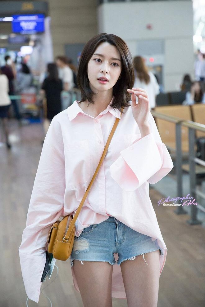 """Soo Ah của """"Itaewon Class"""": Trong phim để mái thưa trẻ xinh, ngoài đời còn có nhiều kiểu tóc khí chất hơn nhiều - ảnh 19"""