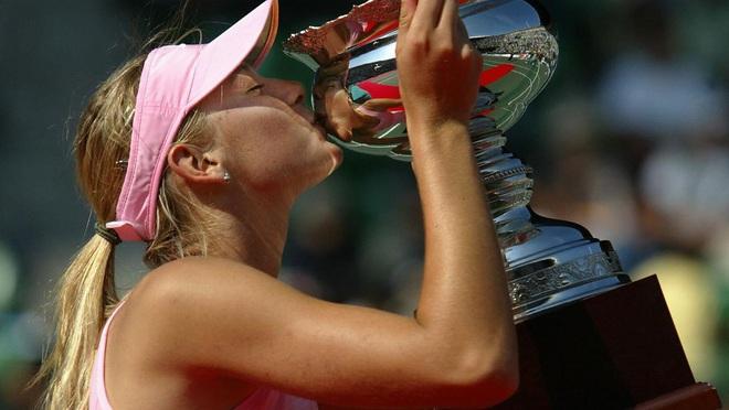 Nữ thần Maria Sharapova chính thức giải nghệ: Cùng nhìn lại những bức ảnh đáng nhớ trong sự nghiệp của nữ VĐV tennis quyến rũ bậc nhất lịch sử - ảnh 1
