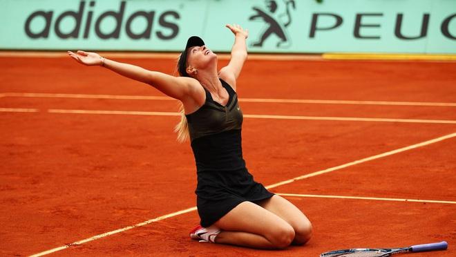 Nữ thần Maria Sharapova chính thức giải nghệ: Cùng nhìn lại những bức ảnh đáng nhớ trong sự nghiệp của nữ VĐV tennis quyến rũ bậc nhất lịch sử - ảnh 9