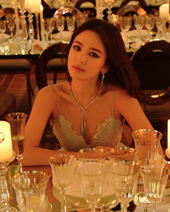 BXH diễn viên, idol Hàn hot nhất toàn cầu: BTS - BLACKPINK không bất ngờ bằng BIGBANG, ai đủ sức đánh bật Song Song? - ảnh 8