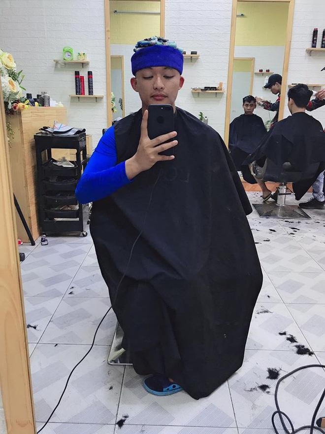 Thanh niên số nhọ định làm tóc xoăn cho đỡ chán đời, tiếc là làm xong còn thấy đời chán hơn - ảnh 3