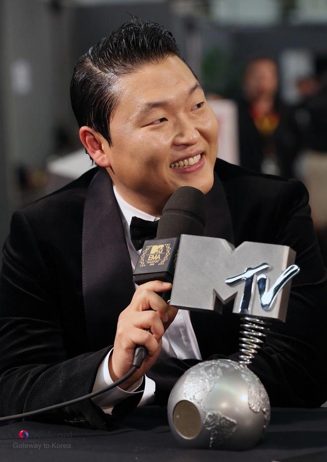 BXH diễn viên, idol Hàn hot nhất toàn cầu: BTS - BLACKPINK không bất ngờ bằng BIGBANG, ai đủ sức đánh bật Song Song? - ảnh 4