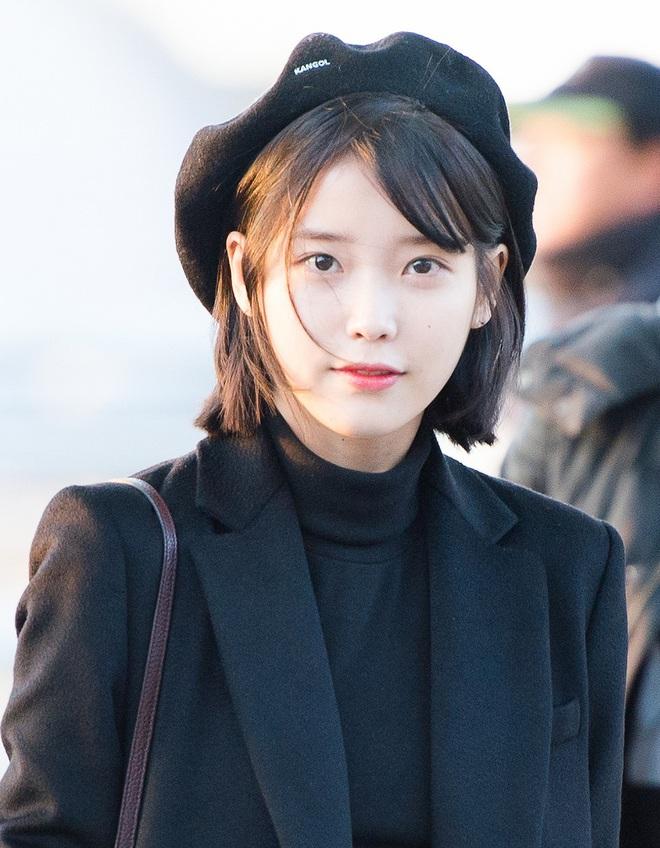 8 nàng búp bê sống của Kpop: Lisa đẹp siêu thực, mỹ nhân đẹp nhất thế giới năm 2019 Tzuyu có đọ lại nổi dàn nữ thần đàn chị? - Ảnh 13.
