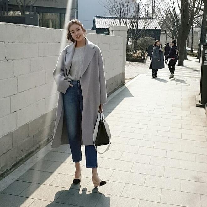 Tình cũ của Hyun Bin: Style thường ngày có thể hơi nhạt nhưng làn da mộc mạc ở tuổi 30 lại đẹp xuất chúng không thua gì Son Ye Jin - ảnh 5