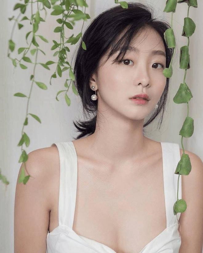 Style trong Itaewon Class đã dìm Kim Da Mi quá đáng, chứ ngoài đời đẹp hoàn mỹ, ảnh không photoshop vẫn xuất sắc thế này cơ mà - Ảnh 12.