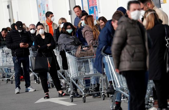 Italy có 888 người nhiễm virus corona, 21 người tử vong, trở thành ổ dịch lớn nhất châu Âu - Ảnh 1.