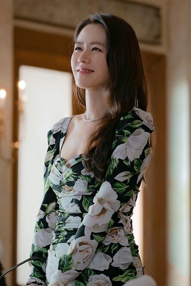 3 lí do tài phiệt Yoon Se Ri của Crash Landing on You chính là vai diễn tuyệt nhất sự nghiệp Son Ye Jin - ảnh 4