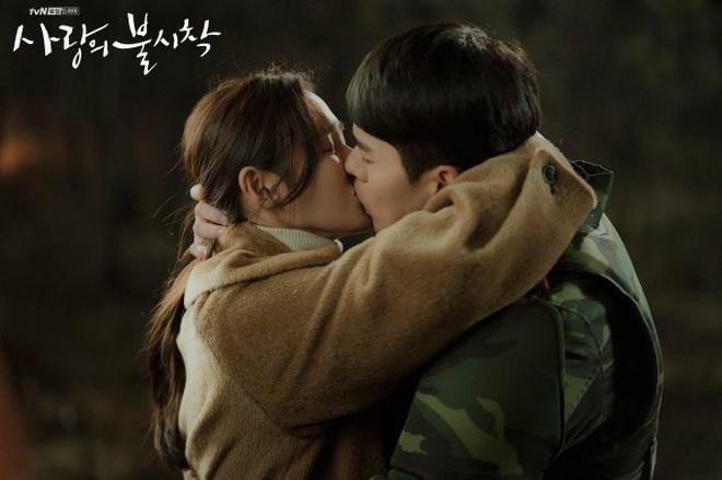 3 lí do tài phiệt Yoon Se Ri của Crash Landing on You chính là vai diễn tuyệt nhất sự nghiệp Son Ye Jin - ảnh 10
