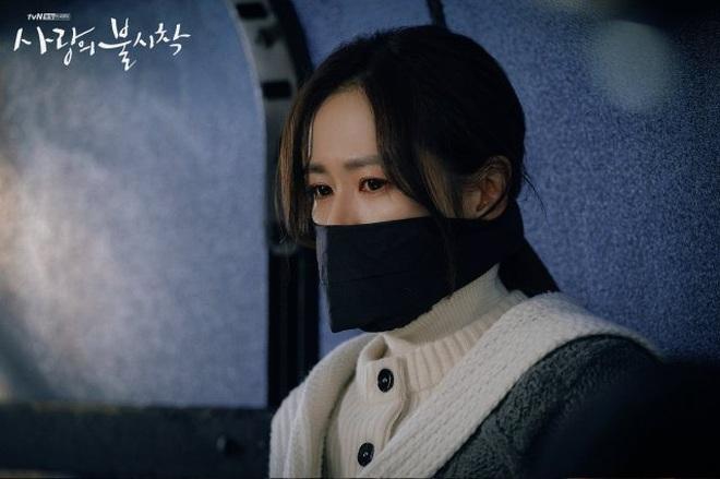 3 lí do tài phiệt Yoon Se Ri của Crash Landing on You chính là vai diễn tuyệt nhất sự nghiệp Son Ye Jin - ảnh 8