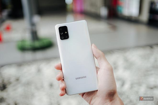 Đánh giá pin Galaxy A71: Dùng tẹt bô cả ngày, sạc siêu nhanh không lo yếu sinh lý - ảnh 1