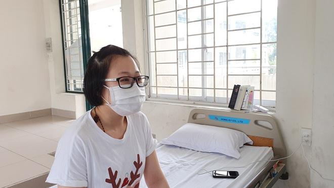 Trở về từ Ý, cô gái 22 tuổi tự thuê khách sạn ở riêng rồi viết đơn xin vào khu cách ly tập trung tại TP.HCM - Ảnh 4.