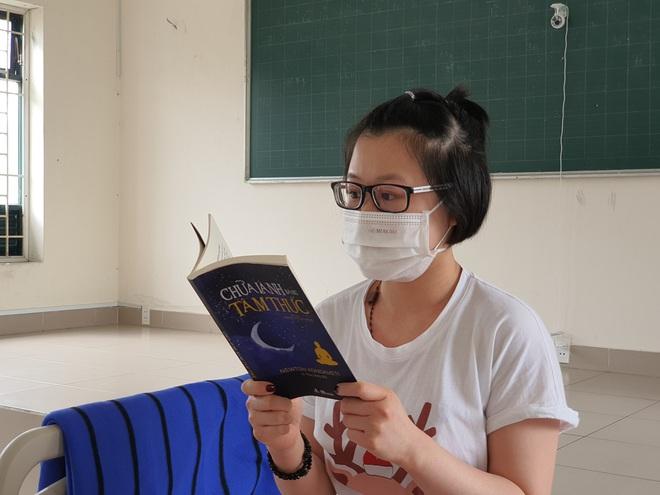 Trở về từ Ý, cô gái 22 tuổi tự thuê khách sạn ở riêng rồi viết đơn xin vào khu cách ly tập trung tại TP.HCM - Ảnh 6.
