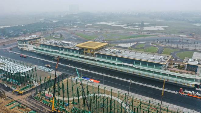 Chặng F1 Việt Nam bị hoãn để lại hậu quả kinh tế khổng lồ - Ảnh 1.