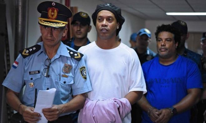 Cận cảnh khách sạn cực sang trọng tại Paraguay, nơi anh em Ronaldinho là những vị khách duy nhất, được ở tại phòng đắt tiền nhất - Ảnh 9.