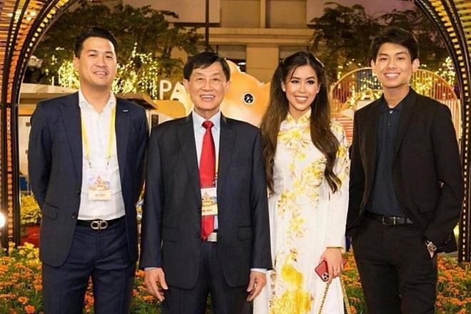 Bố tỷ phú của Tiên Nguyễn miễn phí mặt bằng cách ly 5.000 m2 chung tay chống dịch Covid-19 - Ảnh 2.