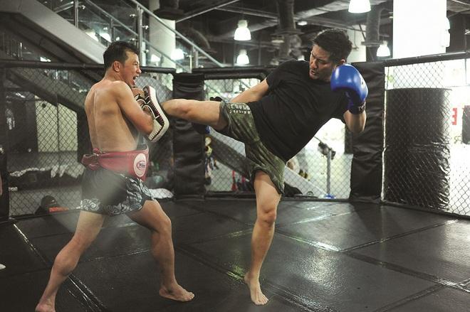 Chuyện chưa kể về ông trùm của làng võ thế giới Chatri Sityodtong: Cậu ấm phải đi lên từ hai bàn tay trắng và dấu ấn mang tên ONE Championship - Ảnh 4.
