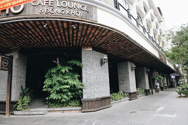 Phố Sài Gòn vắng lặng, quán cafe đồng loạt tạm đóng cửa chung tay phòng chống dịch Covid-19 - Ảnh 8.